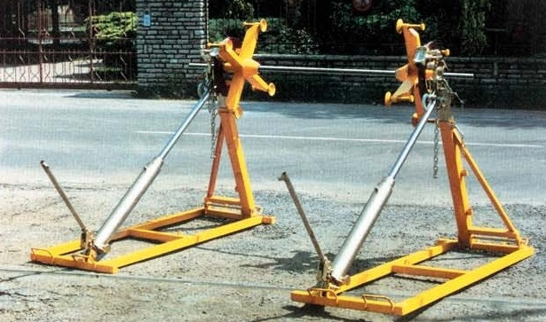 Reel stands / Cable Drum stands MOD.040/..